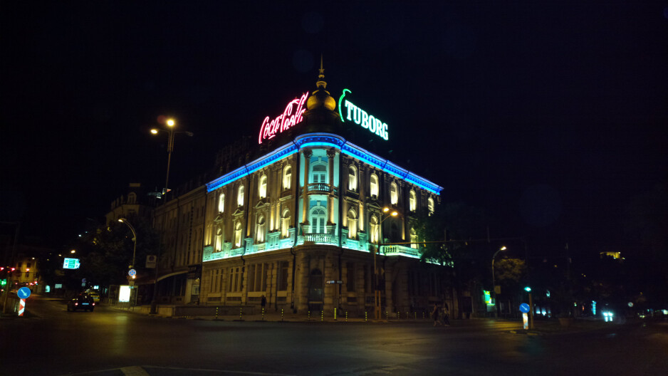 Night shots - Nokia 808 PureView Review