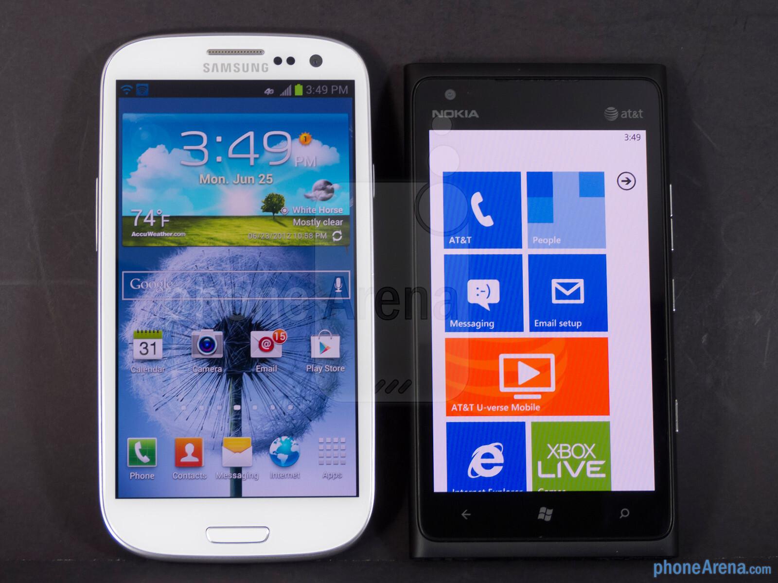the Nokia Lumia 900 (right) - Samsung Galaxy S III vs Nokia Lumia 900
