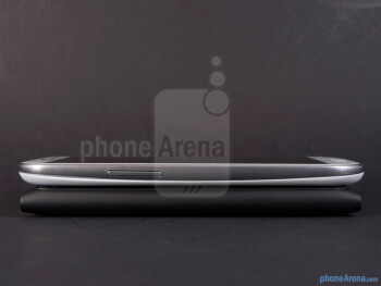The sides of the Samsung Galaxy S III (top) and the Nokia Lumia 900 (bottom) - Samsung Galaxy S III vs Nokia Lumia 900