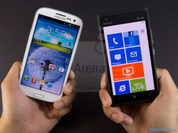Samsung Galaxy S III vs Nokia Lumia 900