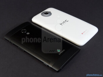 The Sony Xperia ion (left) and the HTC One X (right) - Sony Xperia ion vs HTC One X