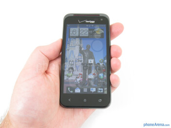 The HTC DROID Incredible 4G LTE fits well in the hand or in the pocket, without feeling too big - HTC Droid Incredible 4G LTE Review