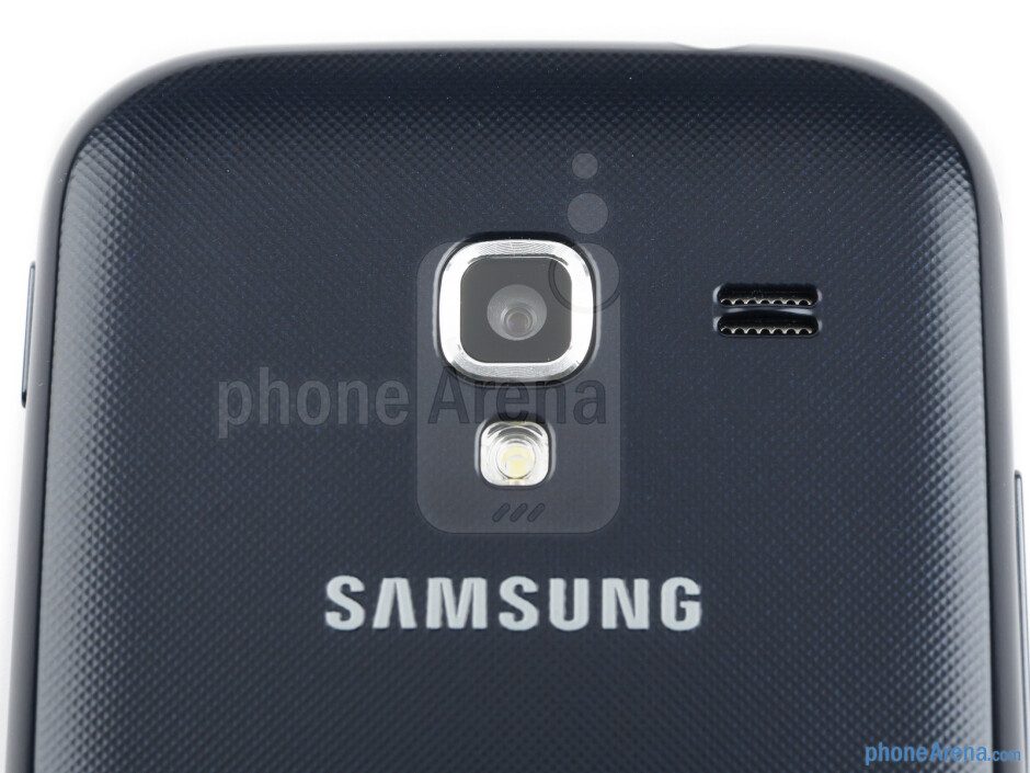 Rear camera and loudspeaker - The sides of the Samsung Galaxy Ace 2 - Samsung Galaxy Ace 2 Review