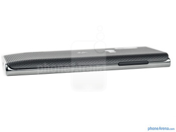 Volume rocker (left) - The sides of the LG Optimus L5 - LG Optimus L5 Review
