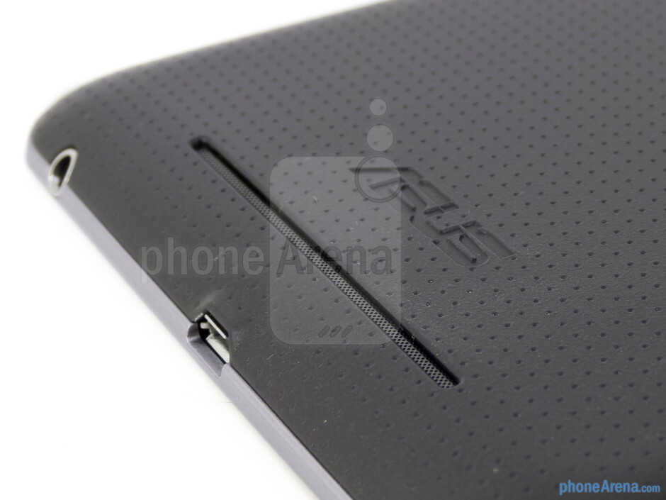 Speaker grill on the back - Google Nexus 7 Review