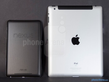 The Google Nexus 7 (left, top) and the Apple iPad 3 (right, bottom) - Google Nexus 7 vs Apple iPad 3