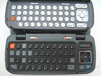 Keyboard comparison: Top-VX9800, Bottom-enV - LG enV Review