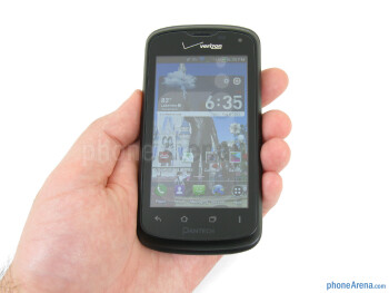 The Pantech Marauder fits well in the hand and is comfortable to hold - Pantech Marauder Review