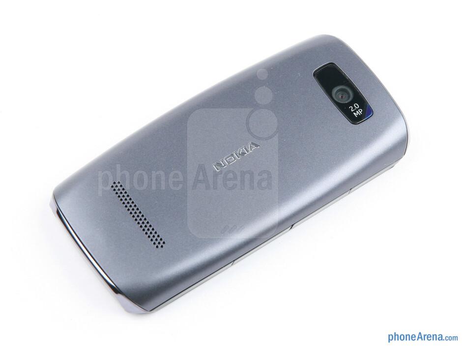 Back - Nokia Asha 305 Review