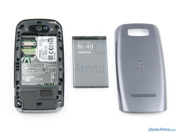 Battery compartment - Nokia Asha 305 Review