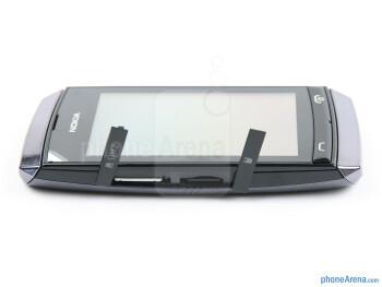 The sides of the Nokia Asha 305 - Nokia Asha 305 Review