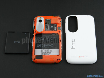 Battery compartment - HTC Desire V Review