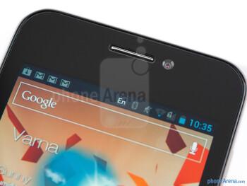 Front-facing camera - Asus PadFone Review