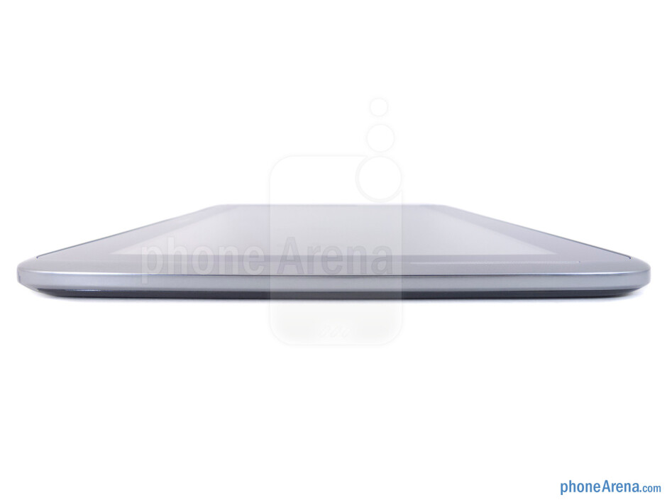 The sides of the Samsung Galaxy Note 10.1 - Samsung Galaxy Note 10.1 Review