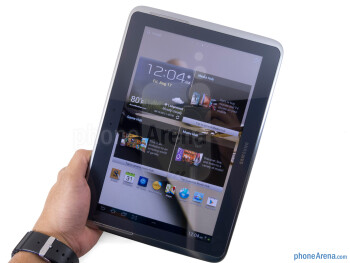 The Samsung Galaxy Note 10.1 sports the all typical Samsung design - Samsung Galaxy Note 10.1 Review