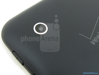 3.2MP camera is on the back - Samsung Galaxy Tab 2 (7.0) LTE Review