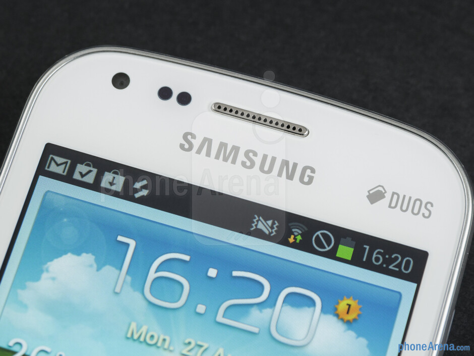 Plastic, lots and lots of plastic – that is what the Samsung Galaxy S Duos is made out of - Samsung Galaxy S Duos Preview
