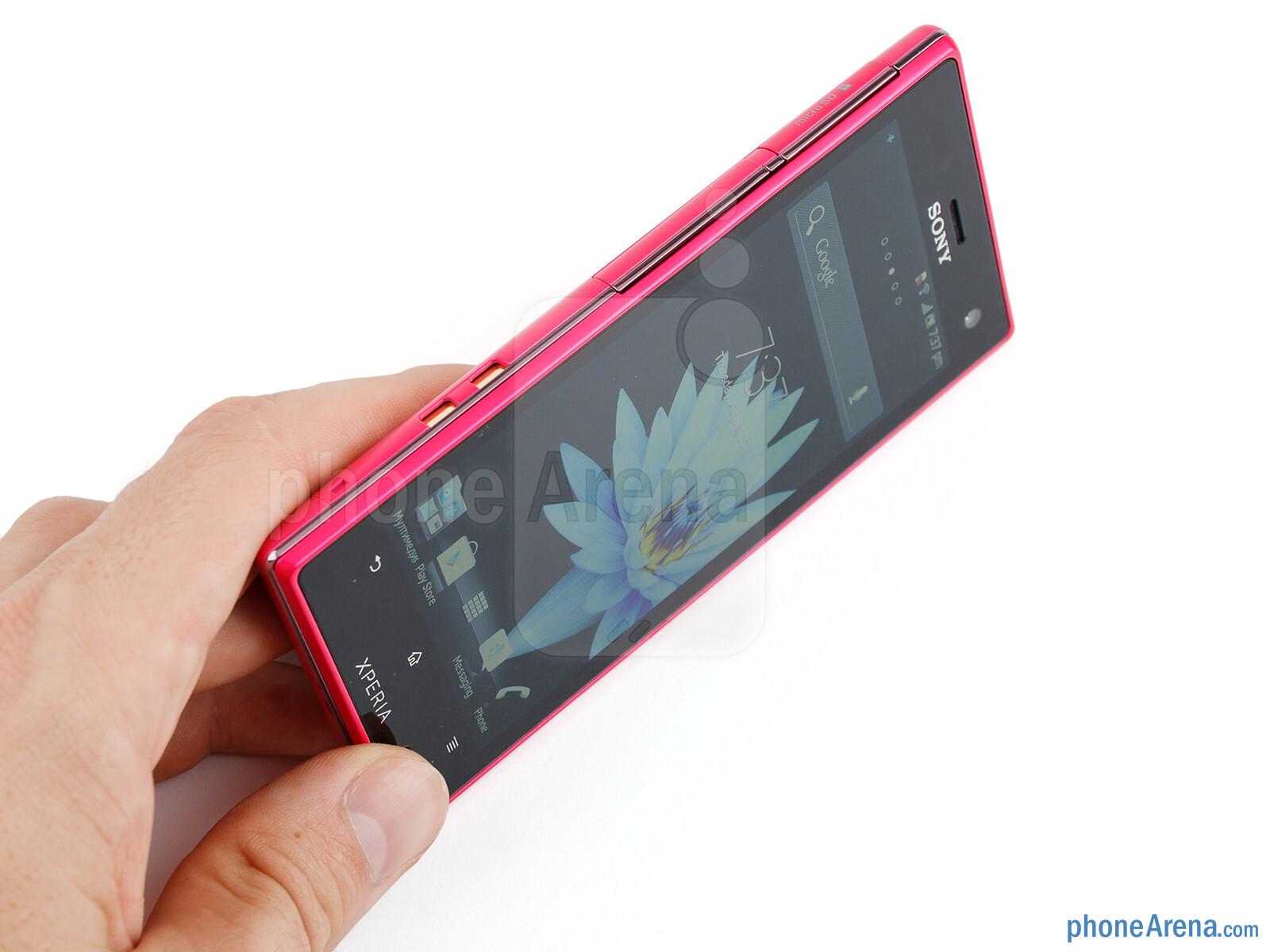 Sony Xperia acro S (Sony LT26w) Black (Ảnh 3)