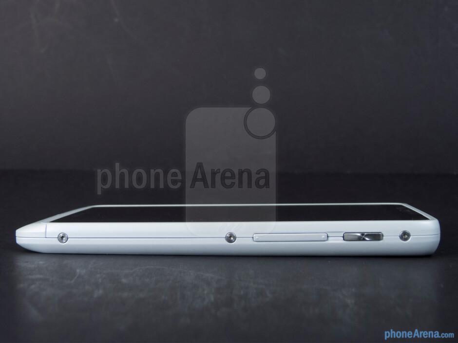 Power button and volume control (right) - The sides of the Motorola DROID RAZR M - Motorola DROID RAZR M Review