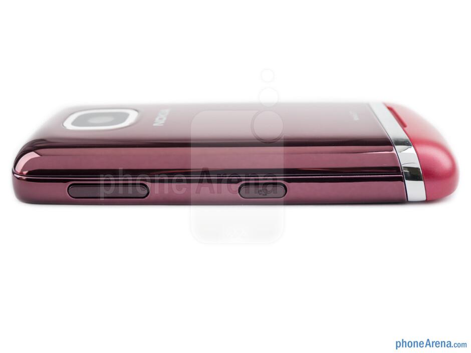 Volume and camera keys (right) - The sides of the Nokia Asha 311 - Nokia Asha 311 Review