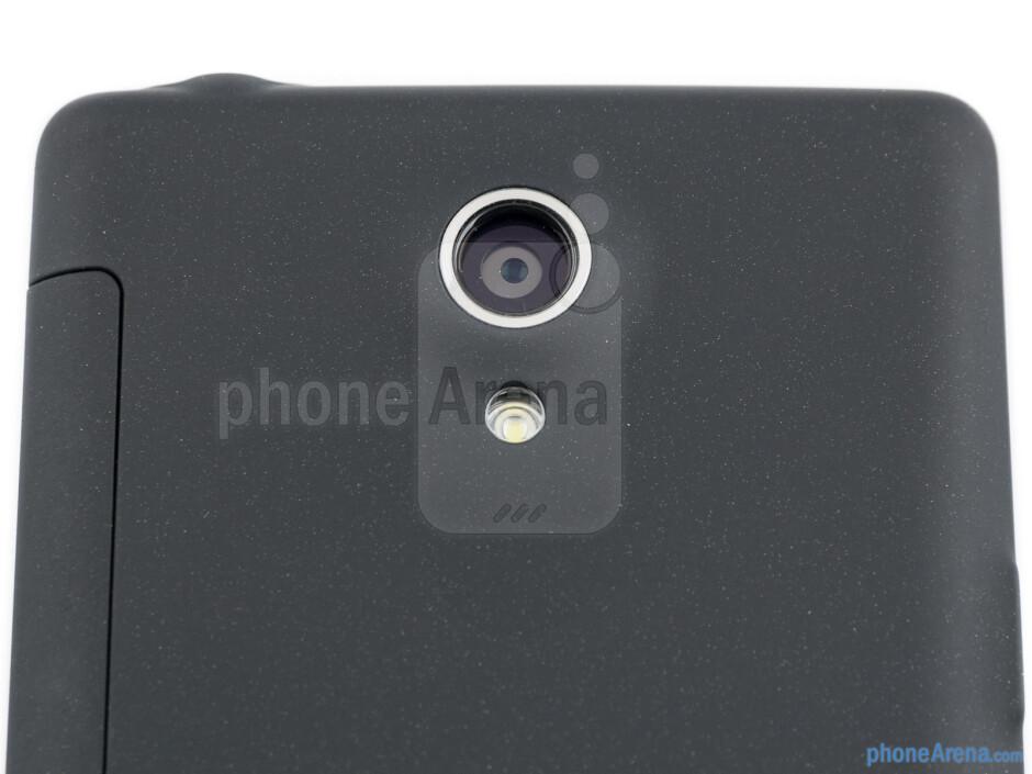Rear camera - Sony Xperia T Review