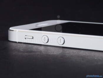 Volume controls one the left - Apple iPhone 5 Review