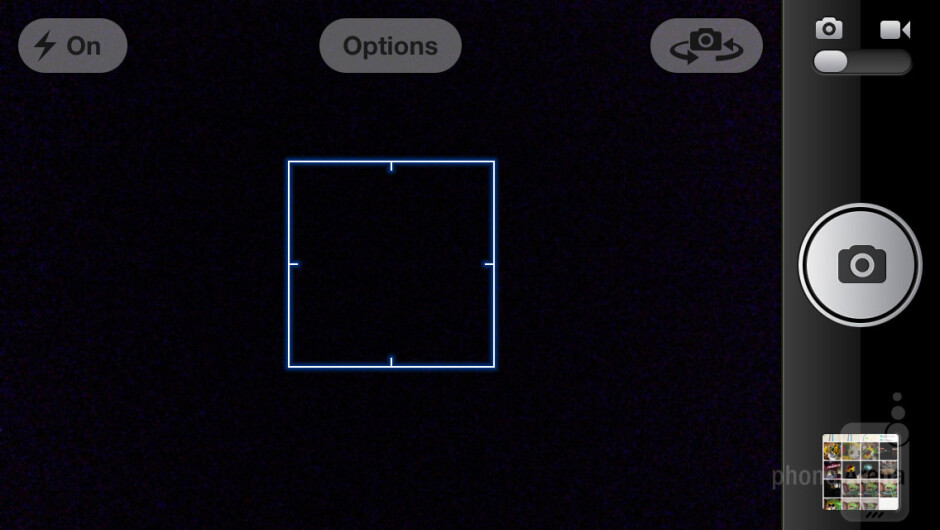 The camera interface of the Apple iPhone 5 - Samsung Galaxy Note II vs Apple iPhone 5