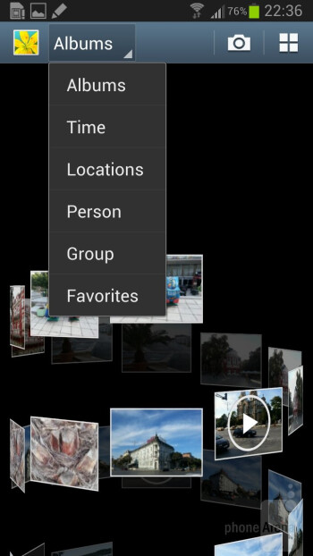 There is a choice of 3D views in the Gallery app - Samsung Galaxy Note II Review