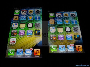 Viewing anglesThe Apple iPhone 5 (left) and the Apple iPhone 4S (right) - Apple iPhone 5 vs Apple iPhone 4S