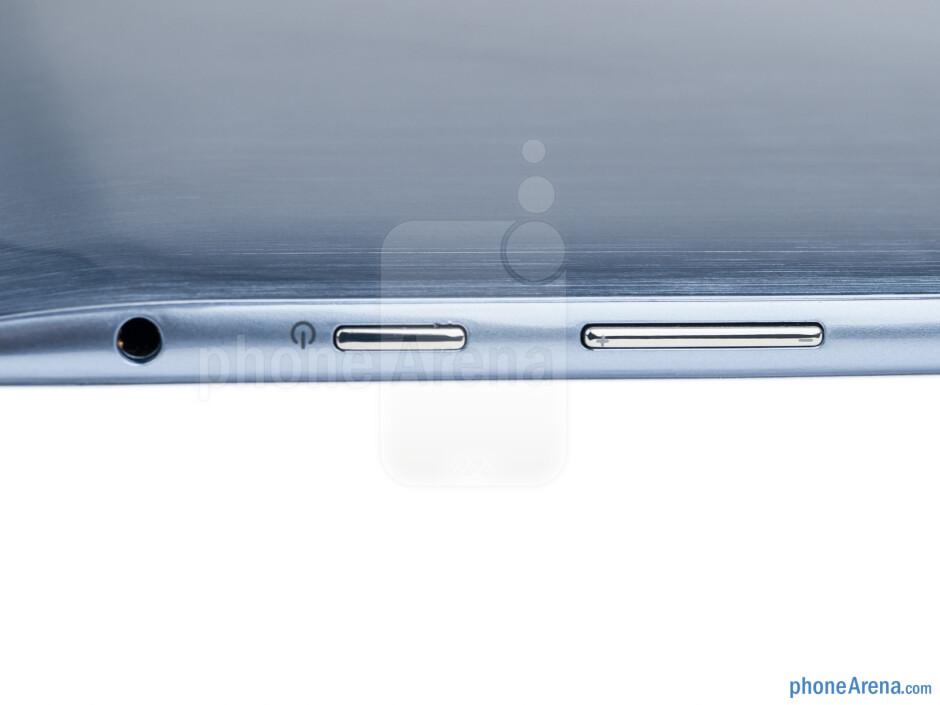 The sides of the Samsung ATIV Tab - Samsung ATIV Tab Preview