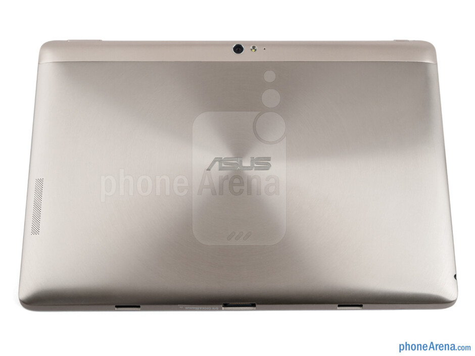 The Asus Transformer Pad Infinity TF700T has an aluminum chassis with the visual effect of a rippled wave - Asus Transformer Pad Infinity Review
