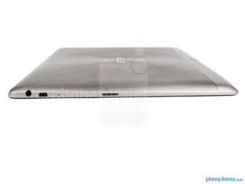 Left - The sides of the Asus Transformer Pad Infinity - Asus Transformer Pad Infinity Review