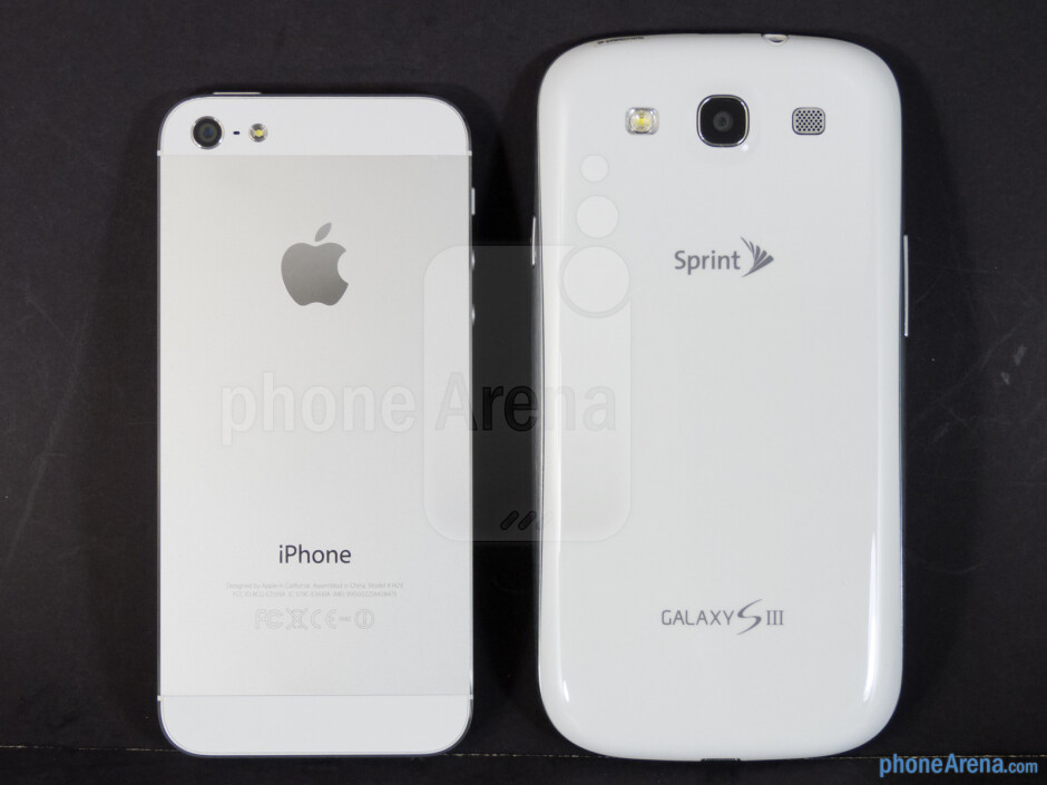 Backs - The sides of the Apple iPhone 5 (left) and the Samsung Galaxy S III (right) - Apple iPhone 5 vs Samsung Galaxy S III