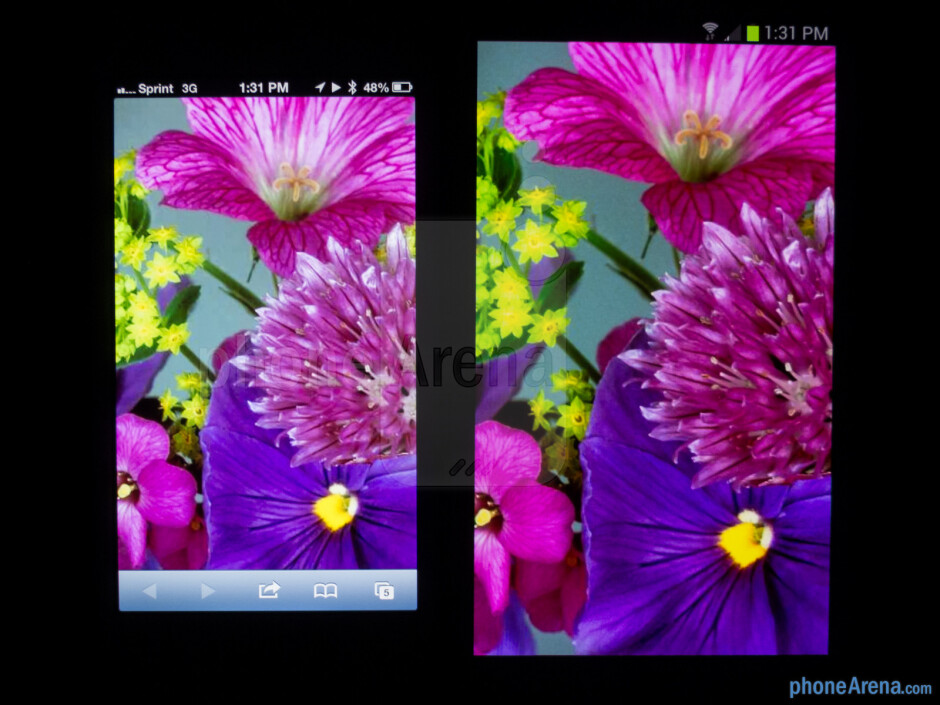 The Apple iPhone 5 (left) and the Samsung Galaxy S III (right) - Apple iPhone 5 vs Samsung Galaxy S III