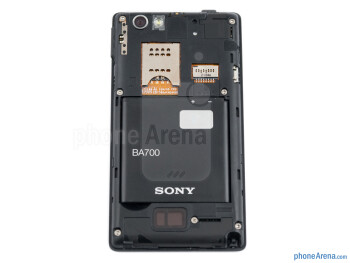 Battery compartment - Sony Xperia miro Review