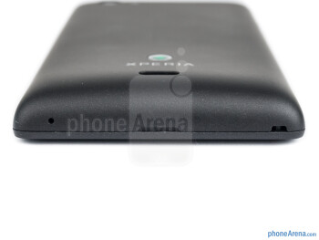 Bottom edge - The sides of the Sony Xperia miro - Sony Xperia miro Review