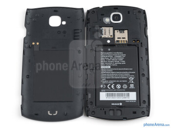 Battery compartment - Acer CloudMobile Review