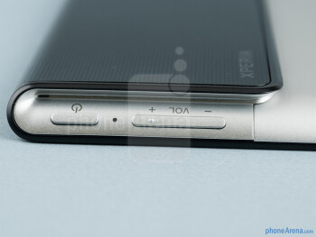 Power and volume buttons - Sony Xperia Tablet S Review