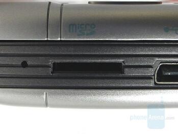 microSD slot - Eten Glofiish M700 Review