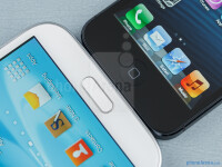 Samsung-Galaxy-Note-II-vs-iPhone-558
