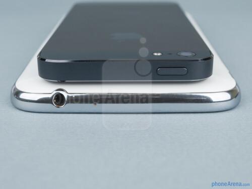 Samsung Galaxy Note II vs Apple iPhone 5