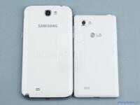 Samsung-Galaxy-Note-II-vs-LG-Optimus-4X-HD02