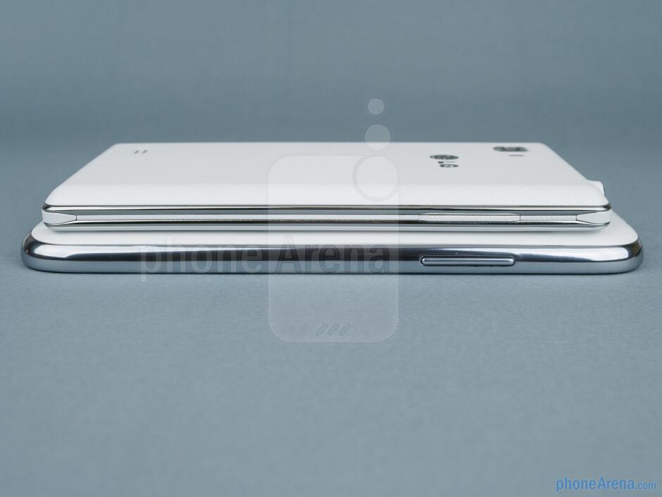 Left - Samsung Galaxy Note II vs LG Optimus 4X HD