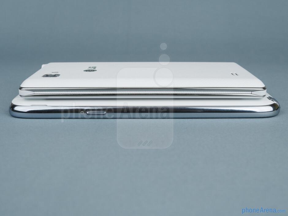 Right - Samsung Galaxy Note II vs LG Optimus 4X HD