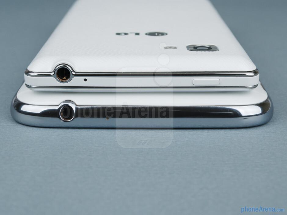 Top - Samsung Galaxy Note II vs LG Optimus 4X HD