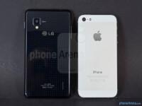 LG-Optimus-G-vs-Apple-iPhone-5-Review004