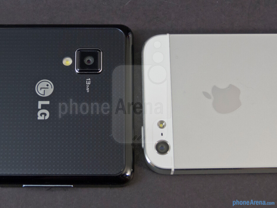 Rear cameras - The LG Optimus G (left) and the Apple iPhone 5 (right) - LG Optimus G vs Apple iPhone 5