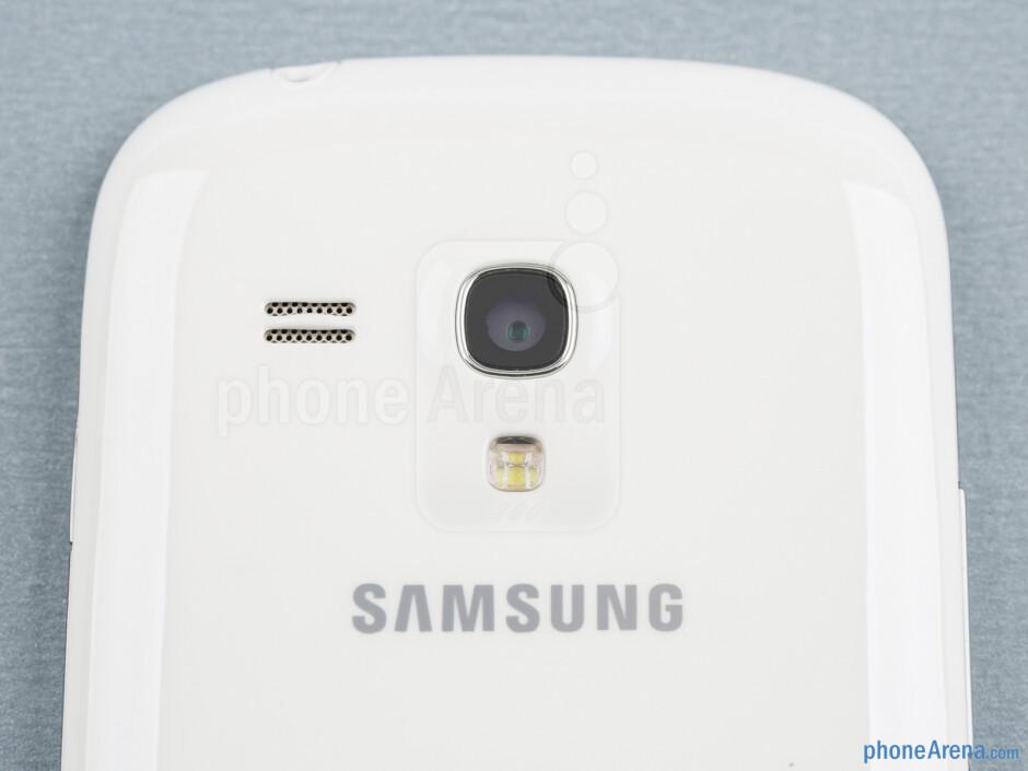 Rear camera - Samsung Galaxy S III mini Review