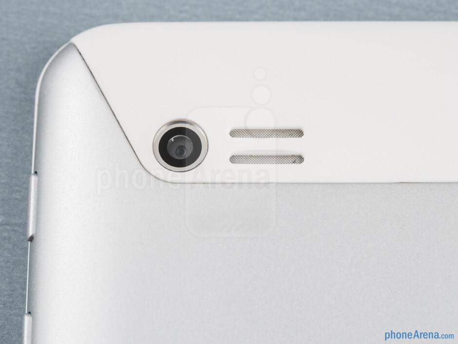 Rear camera - Huawei MediaPad 7 Lite Review