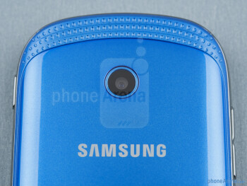 Rear camera - The sides of the Samsung Galaxy Music - Samsung Galaxy Music Review